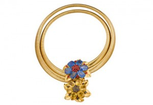 van-cleef-arpels-gold-necklace
