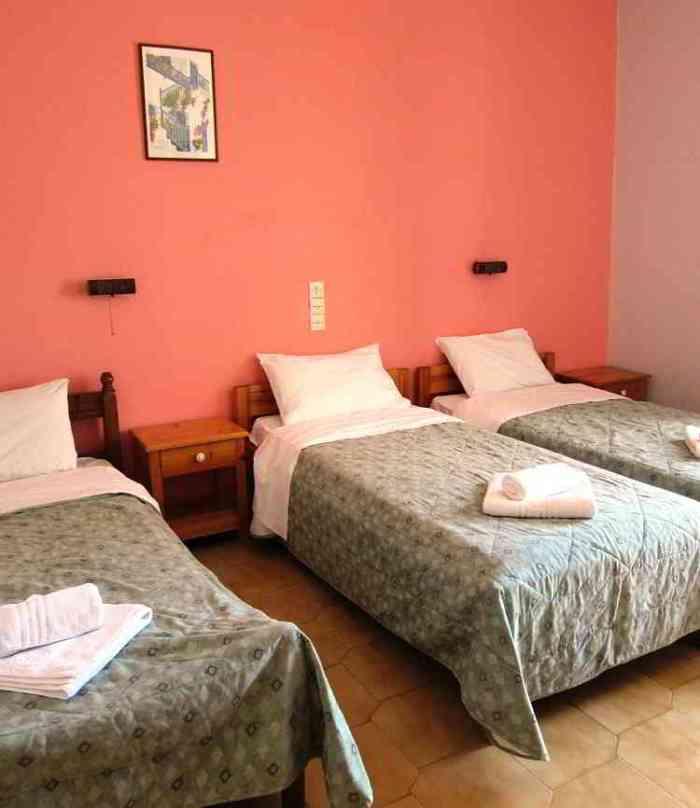 Triple bed room Delfini hotel