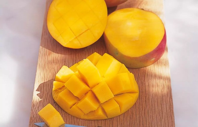How to prepare and serve a mango | How to Cook | Delia Online