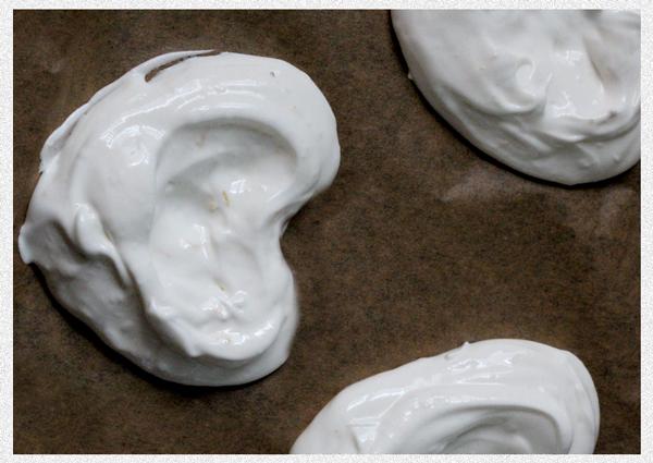 pavlova-meringue