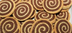 Délicimô ! - Recettes des Biscuits Escargots Sablés Bicolores - www.delicimo.fr