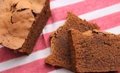 Cake Léger et Ultra Moelleux au Chocolat