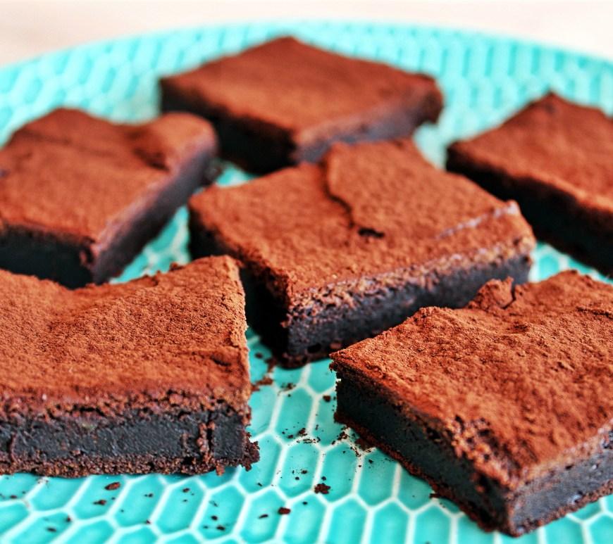 Délicimô ! - Recette Gâteau Brownie au Chocolat et à l'Avocat - www.delicimo.fr