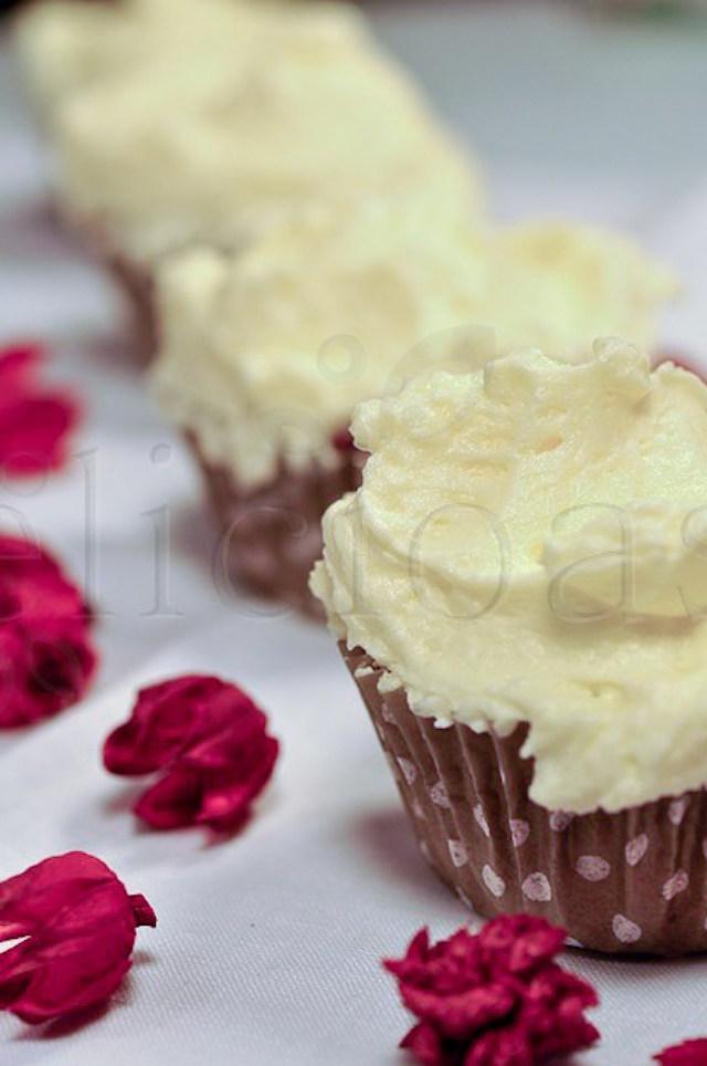 red-velvet-cupcakes-20-of-20