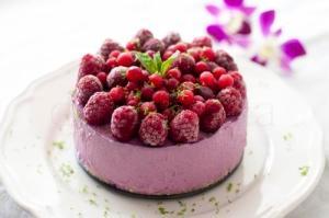 Tort cu mousse de rodie – raw vegan/de post