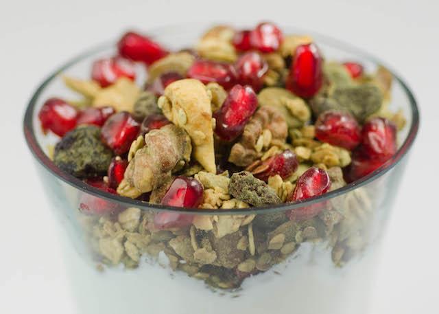 matcha-granola-1