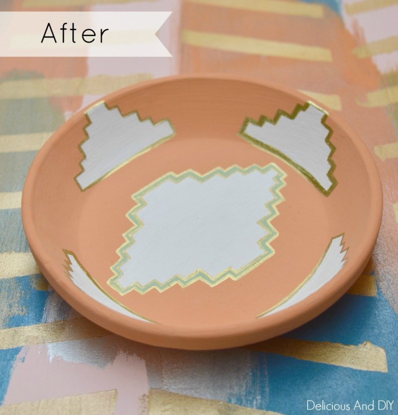 Aztec Inspired Bowl Makeover|| Update old Terra Cotta Bowls using a couple of supplies| Southwestern Inspired Bowl Makeover| Aztec Pattern| Terrca Cotta Bowls| Earthen Bowl Ideas