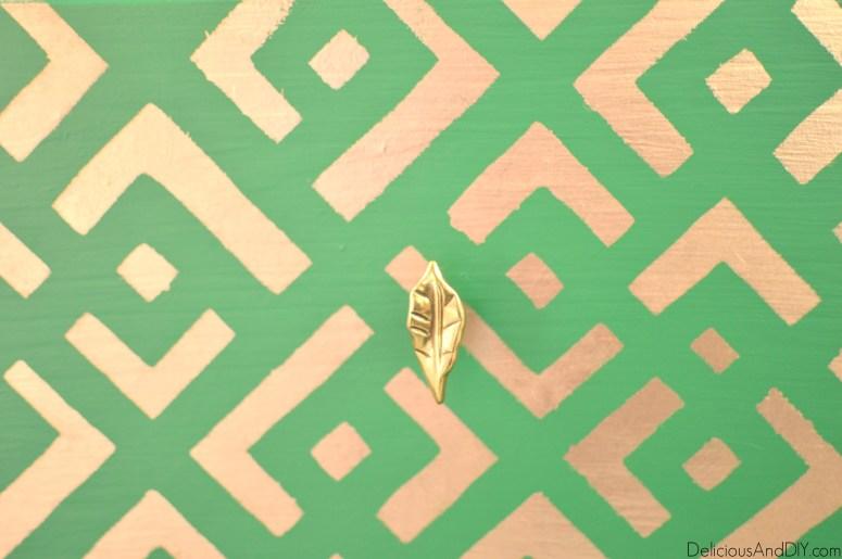 IKEA Tarva Nightstand Makeover| Home Decor| Painted Furniture| Stenciled Furniture| Ikea hacks| Ikea Tarva Hacks| Ikea Furniture Ideas| Green Furniture| Hand Painted Furniture