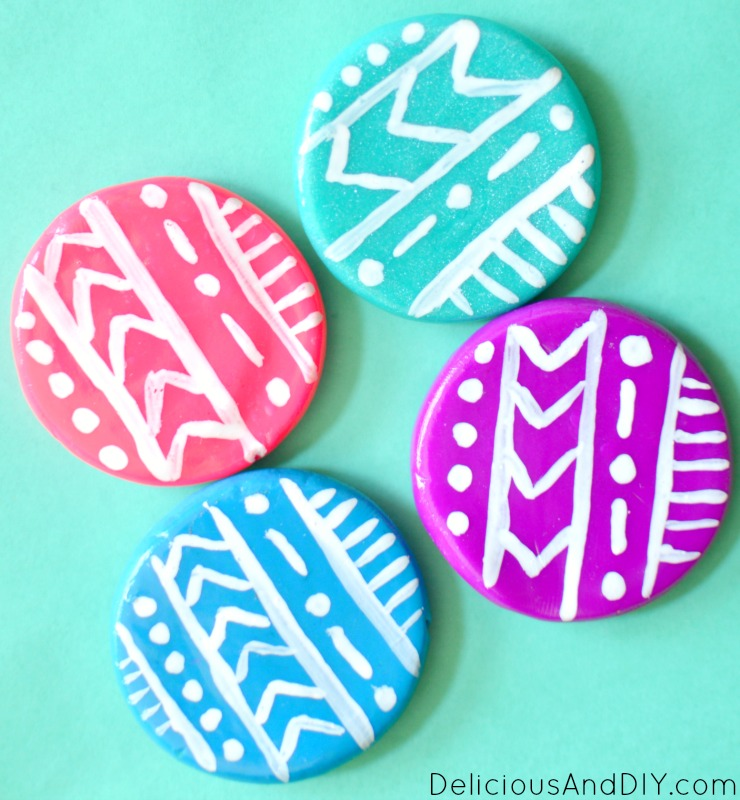 Want to customize your fridge then why not make these colorful and fun Aztec Inspired Clay Fridge Magnets| Clay Fridge Magnets made with Oven Bake Clay| Polymer Clay Ideas| DIY Clay Fridge Magnets as Gift Ideas| Oven Bake Clay Gift Ideas| Oven Bake Clay Projects| Clay Fridge Magnets made in under 15 minutes| Aztec Pattern| Fridge Magnet Ideas