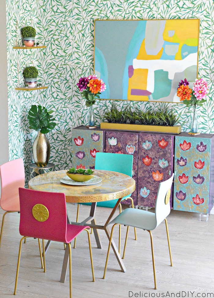 Create a gorgeous colorful Dining Room while staying on a budget using these simple tricks and Ideas| Budget Friendly Show stopping Dining Room| Bright and Bold Dining Room Makeover| Tropical Leaf Wallpaper Dining Room