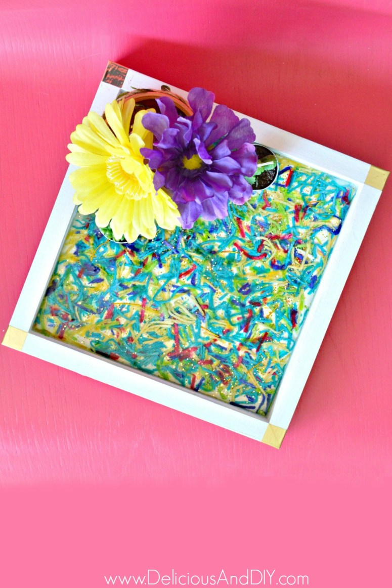 DIY Serving tray makeover using epoxy resin and yarn