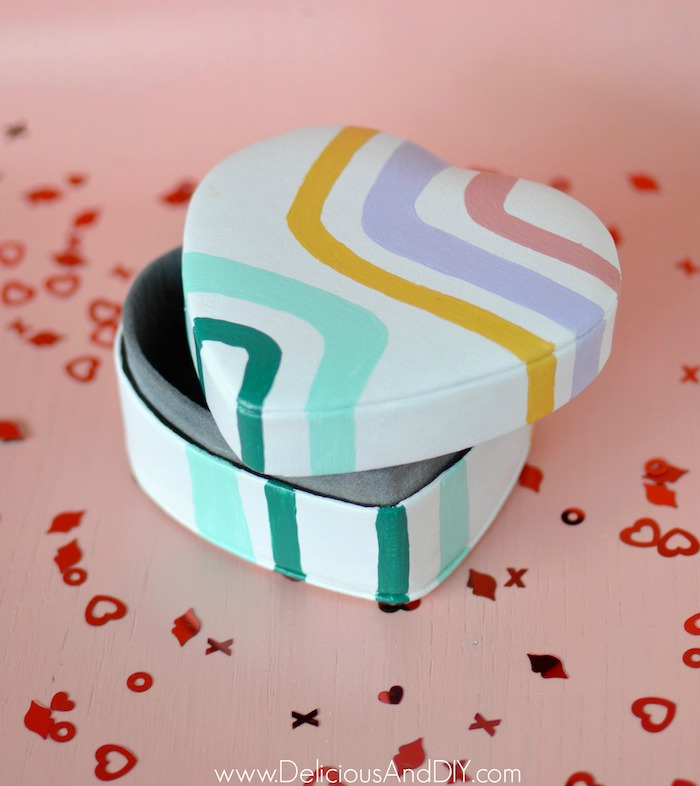 candy inspired valentine box