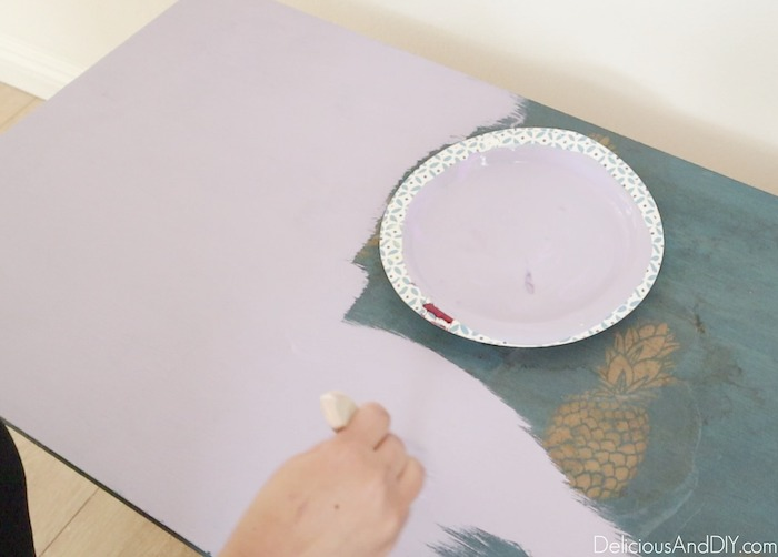 painting the bench with lavender color