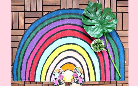 diy colorful rainbow rug