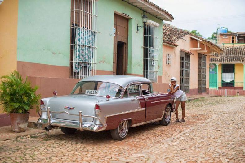 Beautiful old cars, totally functional and preserved to T is what you will find in Cuba. - Photo Credit: www.dmainternacional.com