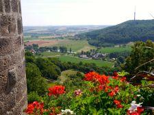Weiter Blick von der Stadtmauer in Waldenburg