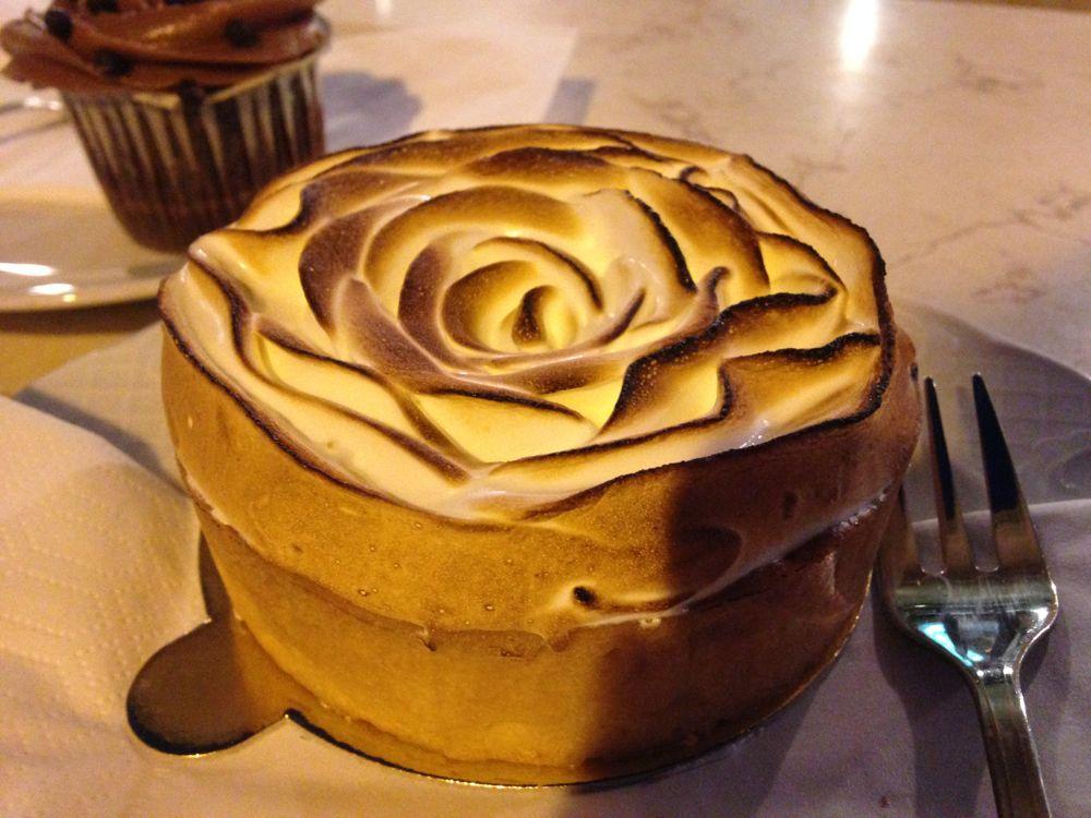 Unwiderstehlich gut: Zitronentarte zum Dessert.