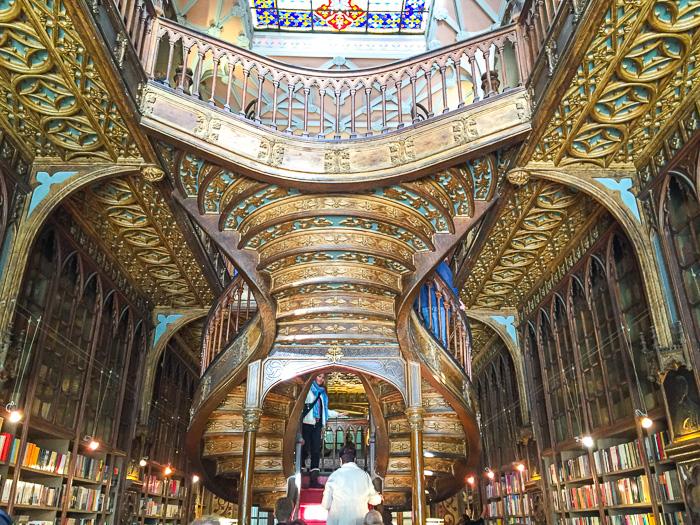 Lello, der berühmte Buchladen in Porto