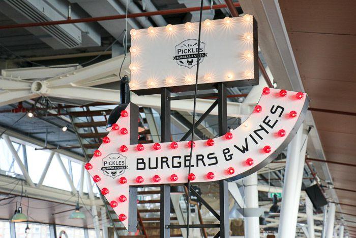 Burgers & Vines, The Pier