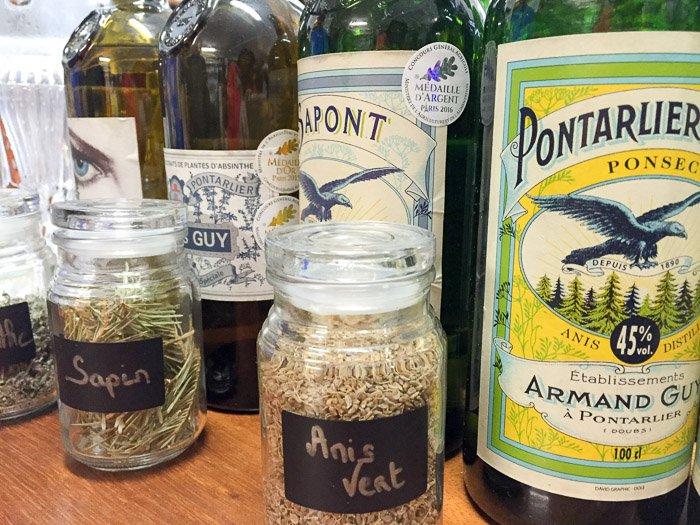 Absinth, Anis und mehr: Destillerie Guy in Pontalier