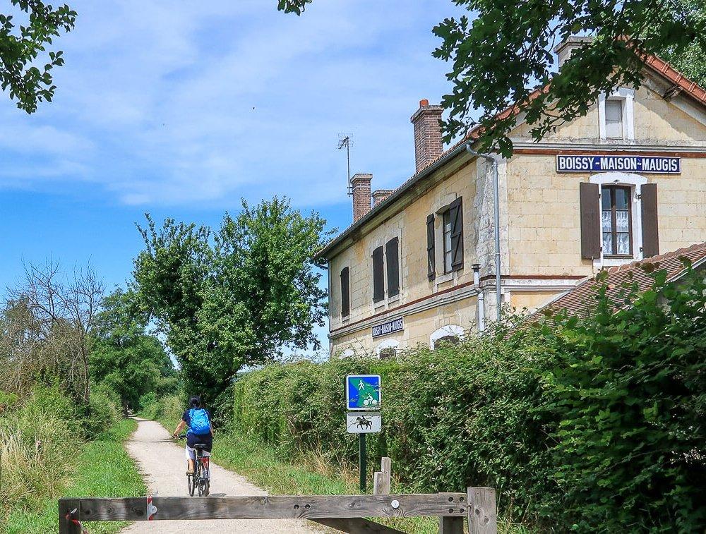 Bahnhofshäuschen in Boissy-Maugis