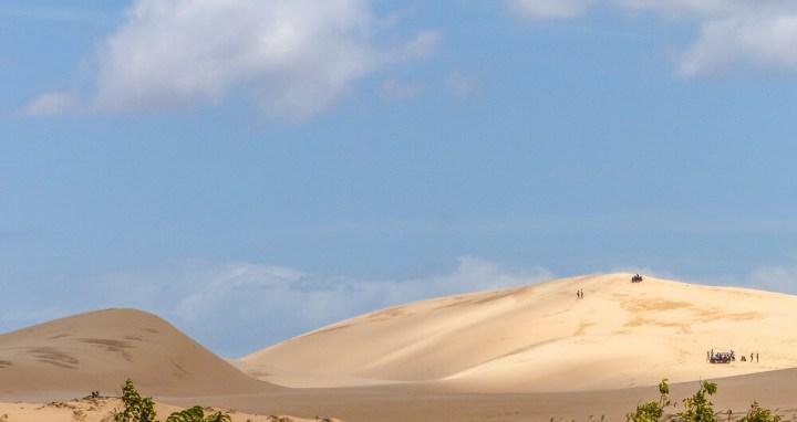Weiße Dünen in der Nähe von Mui Ne #muine #vietnam #fernreise #delicious_travel