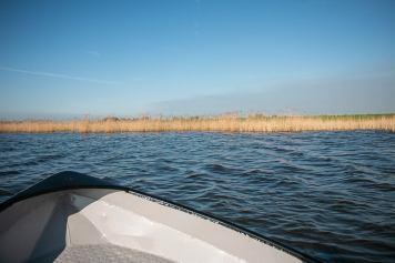 Bootsfahrt auf dem Drontenmeer