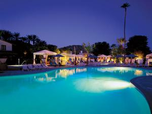 Pool-at-La-Quinta-Resort-and-Club