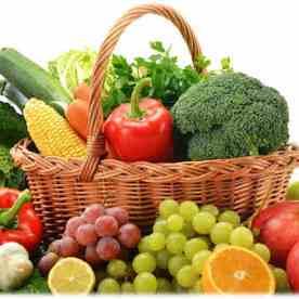 Cuisine végétalienne avec fruits et legumes