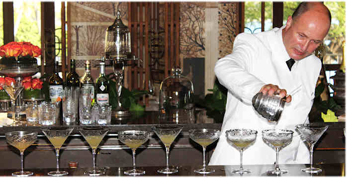 Colin-Field-Chef-barman-Bar-Hemingway-du-Ritz-cocktail