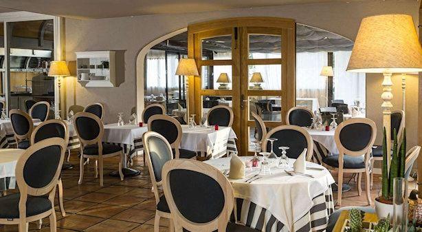 La-lune-de-mougins-restaurant-Mougins-cote-d-azur