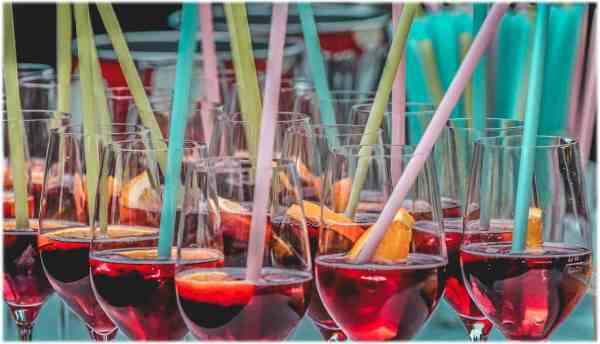 verre-cocktail-pailles