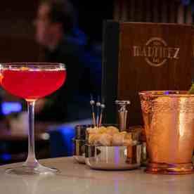 bar-martinez-Cannes-© J.Kelagopian