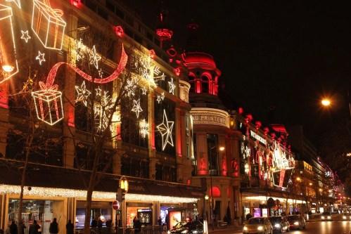 Boulevard Haussmann kurz vor Weihnachten
