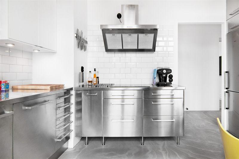 Cocina industrial y suelo de cemento blog tienda - Muebles cocina industrial ...