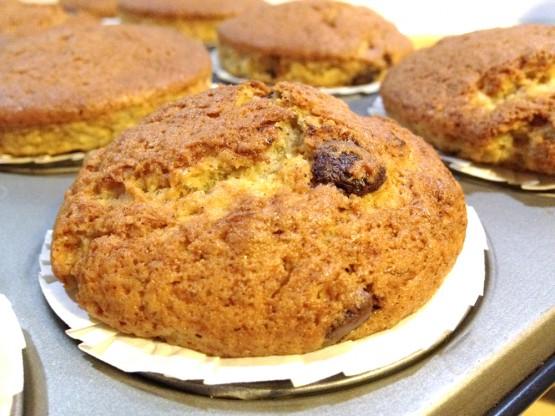 recetas delikatissen receta de aprovechamiento plátanos postres rápidos caseros muffins de plátano receta muffins con frutas caseras glaseado de canela receta blog de recetas postres faciles