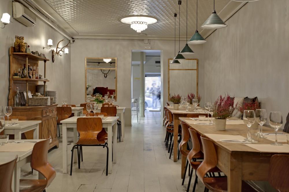 Restaurante clarita madrid blog tienda decoraci n for Muebles nordicos barcelona