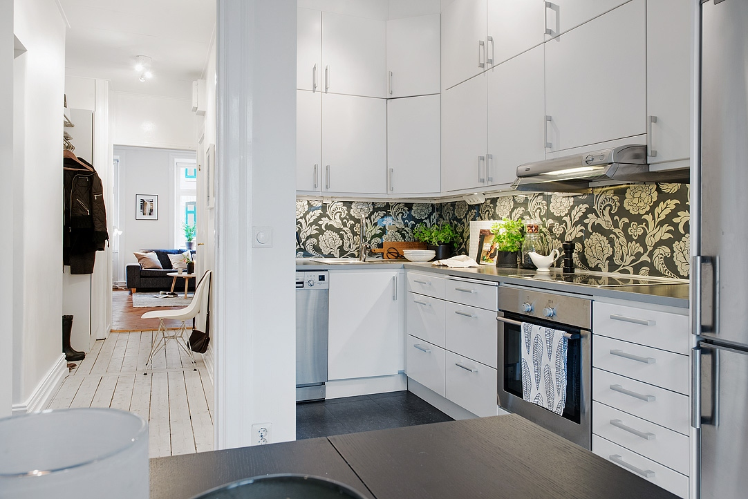 Espacio extra de almacenaje en la cocina con armarios for Aplicacion para decorar interiores