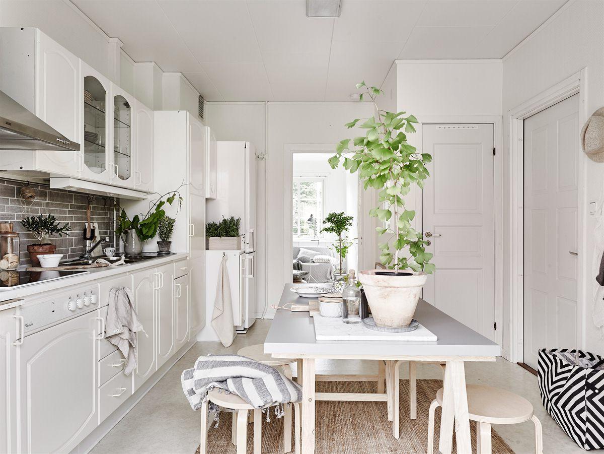 Peque o piso n rdico decorado con materiales naturales blog tienda decoraci n estilo n rdico - Cucine on line low cost ...