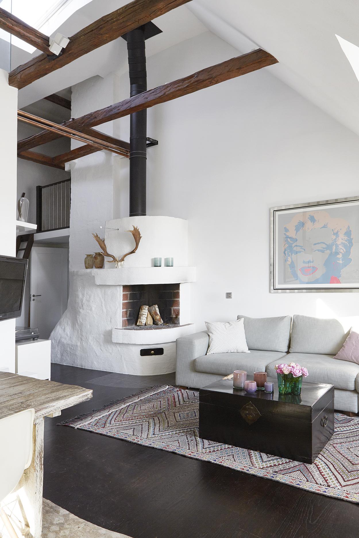 Vigas de madera chimenea y recovecos blog tienda for Vigas de decoracion
