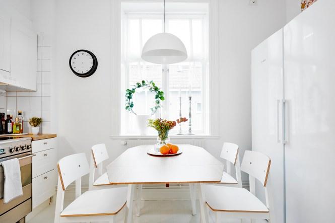 lamparas de techo Iluminación extra en la cocina focos paneles luz cocina estilo nórdico escandinavo decoración en blanco cocinas comedor nordicas cocina nórdica cocina blanca blog decoración nórdica