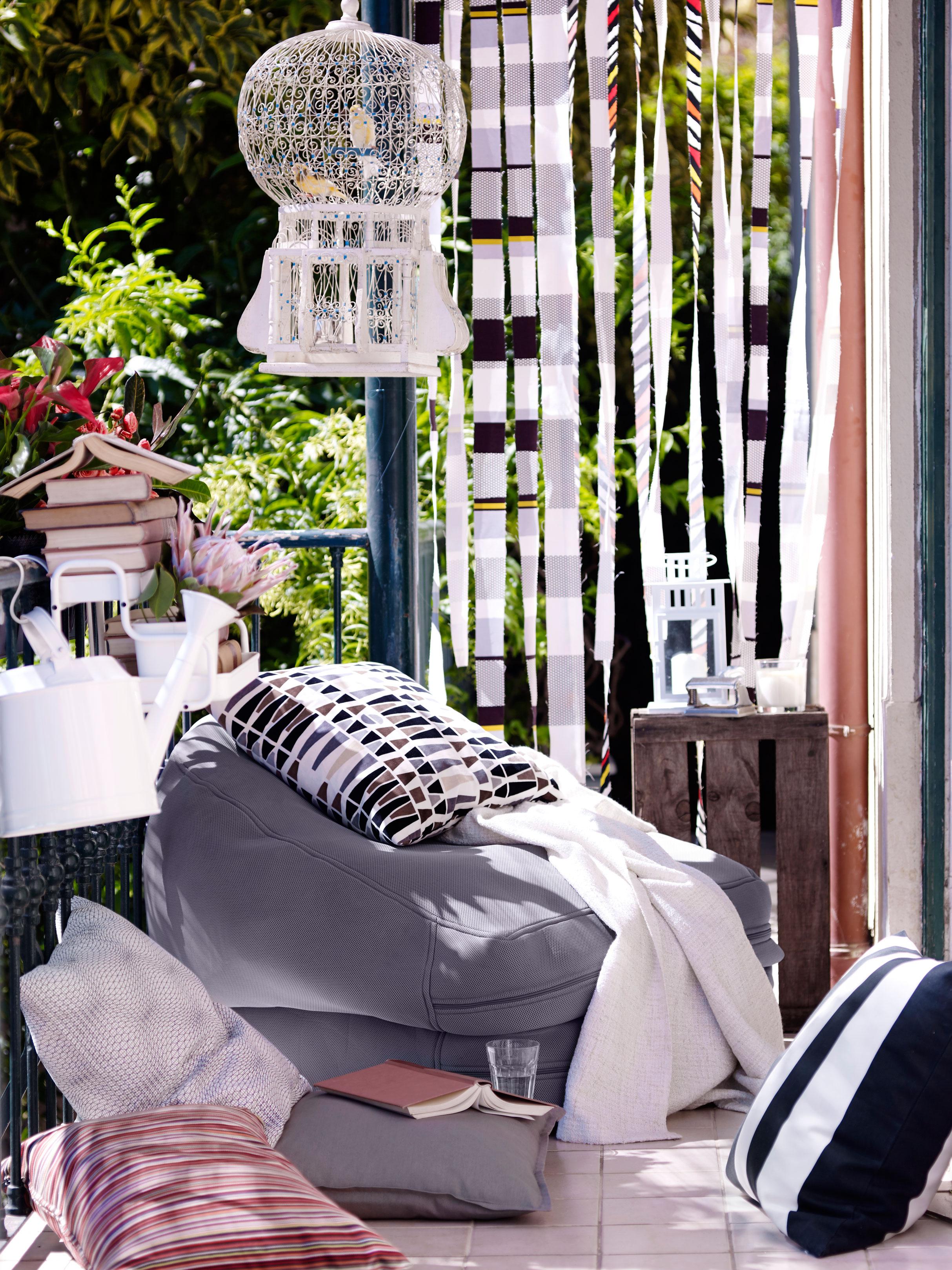muebles de terraza inspiracin ikea ikea verano diseo exteriores decorar con muebles ikea decoracin balcones with decoracion terrazas ikea