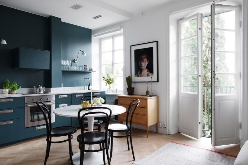 Pintar la pared de la cocina del mismo color que los muebles - Blog ...