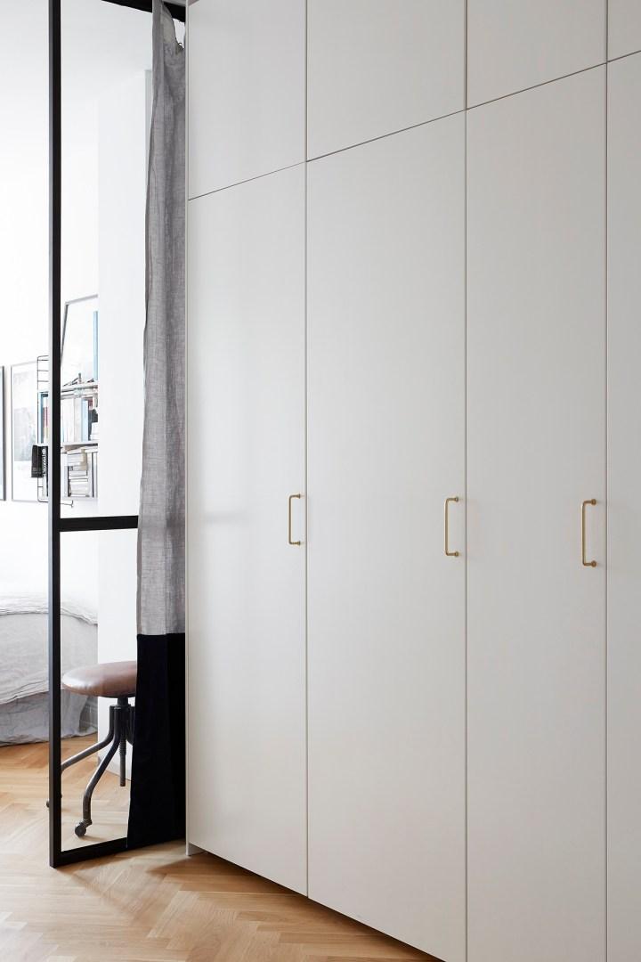 pared de vidrio pared de cristal mini pisos iluminación pisos oscuros distribución pisos pequeños decoración sueca decoracion dormitorios blog decoración nórdica