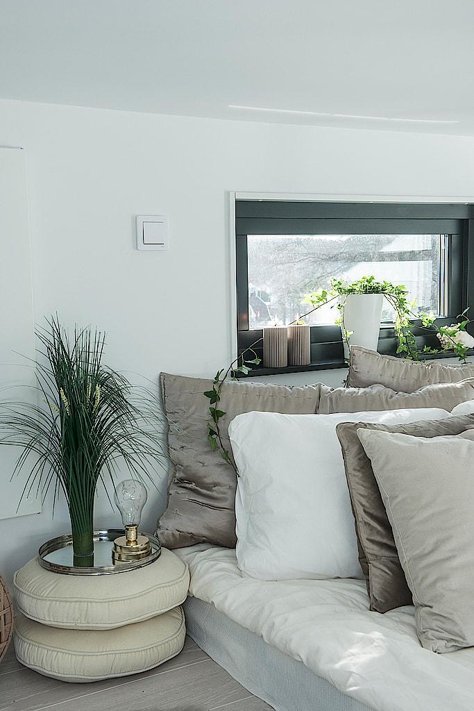 Pequeña vivienda fuera de lo común distribución diáfana cottage construcciones modernas construccion casa cubo casa de vacaciones sueca Casa de madera arquitectura moderna