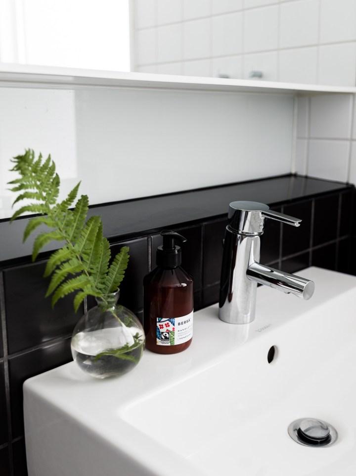 Peque o d plex con acogedor dormitorio blog decoraci n for Decoracion duplex pequenos