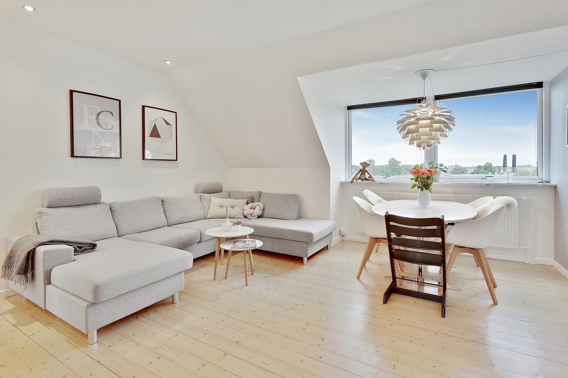 Pisos modernos en edificios de los 60 blog tienda for Decoracion pisos modernos