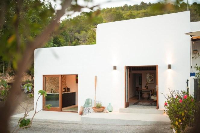 Pequena Casa En El Campo En Ibiza Blog Tienda Decoracion Estilo - Interiores-de-casas-de-campo