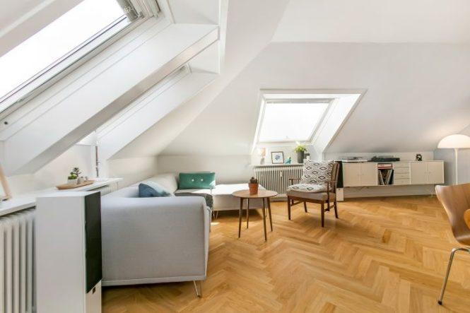ventanas en el techo estilo nórdico diseño nórdico decoración pisos pequeños decoración áticos atico danés