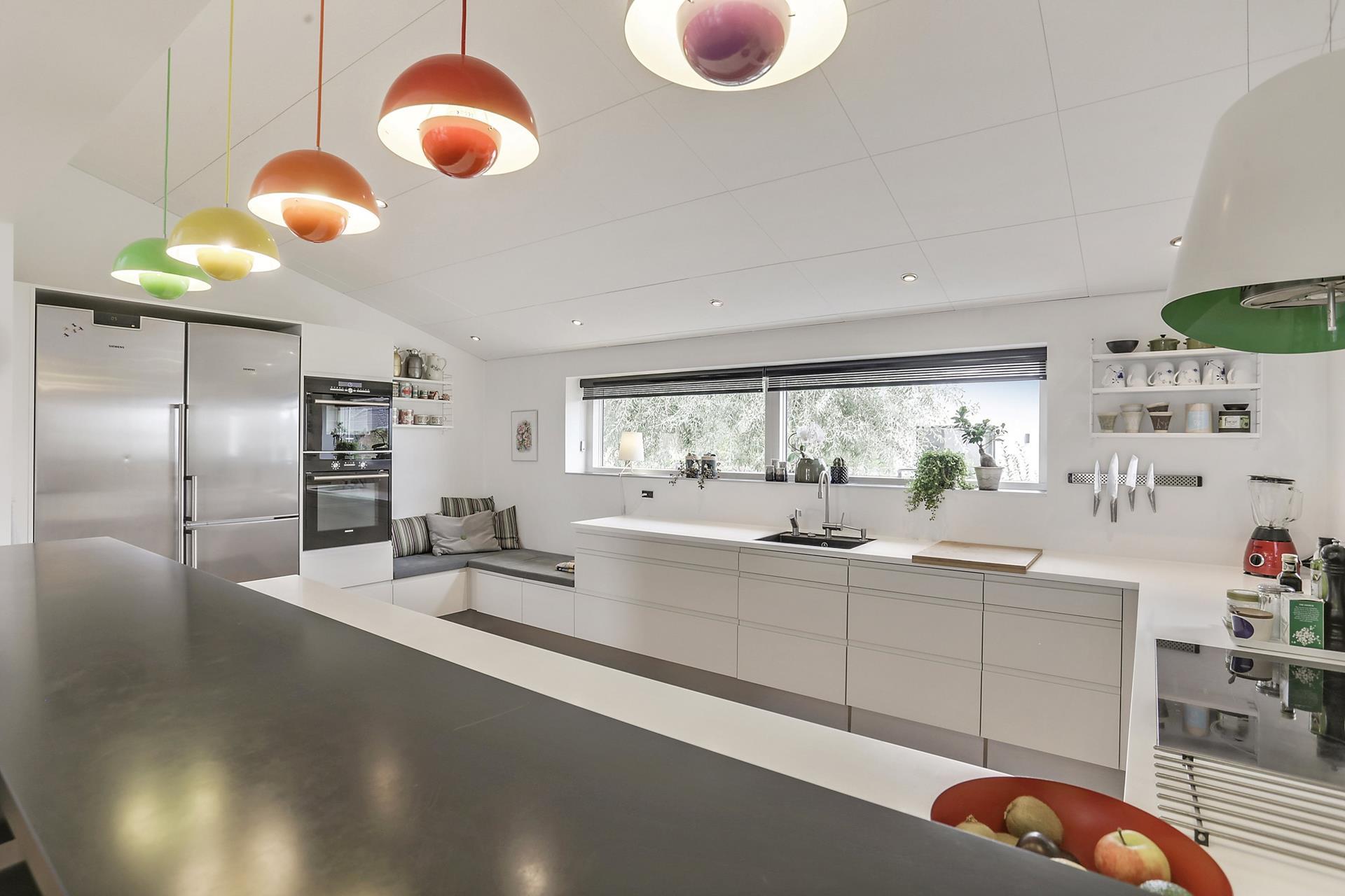 Toque de color en una cocina blanca - Blog tienda decoración estilo ...